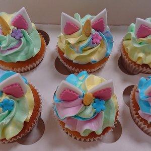 Cupcake met handgemaakte fondant decoratie